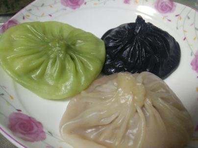 ravioli con zuppa xiaolongbao colorati