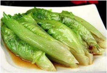 verdure saltate 蚝油生菜