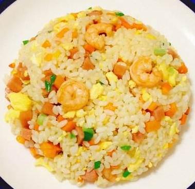 扬州炒面 riso alla cantonese o di Yangzhou